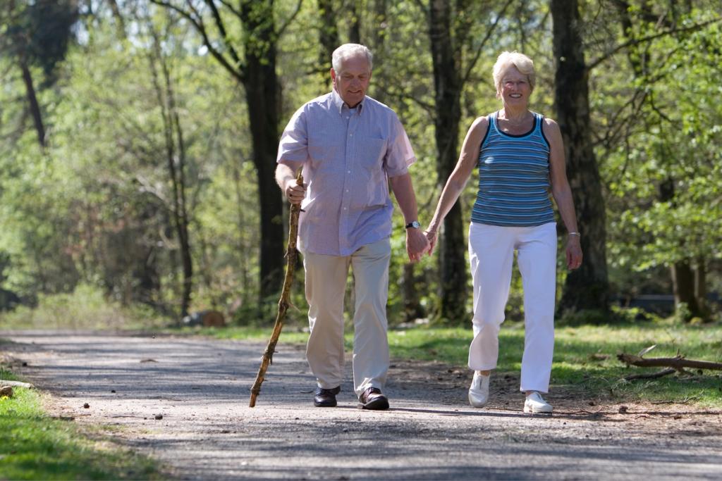 estate e anziani come proteggerli dalle ondate di calore