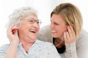 anziani-musica-benefici