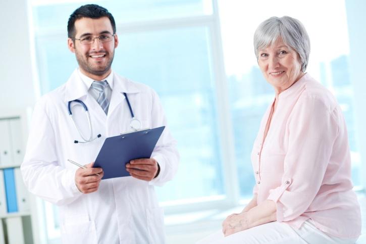 prevenzione-salute-anziani-dottore